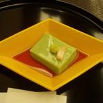 17909007 - 蓬入り胡麻豆腐(美味)