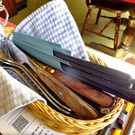 GGC - 卓上に常備されたナイフ類