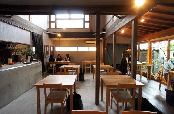 https://tblg.k-img.com/restaurant/images/Rvw/17912/17912175.jpg