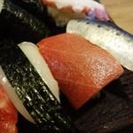 いさ美寿司 - まぐろ、いか、いわし