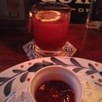 ビリー・バルゥーズ・ビア・バー - 2杯目と3杯目はブラッディーマリー。