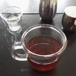 VADE MECVM showroom#2 - レモン水と ホットティーと