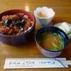 Tonkatsumasumi - 料理写真:カツ重みそわん付