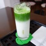 浜名園 茶茶テラス - ドリンク写真:アイスセパレート抹茶ミルク