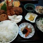 入船 - エビフライ&チキンカツ定食