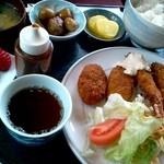 べるみ - カニクリーム&エビフライの定食