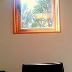 旬菜美酒 庫楽 - 窓からは初春の光が・・