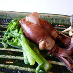 料理屋くおん - ☆燻製の蛍烏賊と菜の花の白和え☆