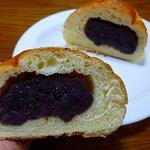 パン香房 キャビン - つぶあんパン