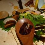 神戸牛炉窯焼ステーキ 雪月風花 北野坂 - 燻製8種盛り 1500円