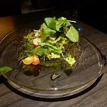 神戸牛炉窯焼ステーキ 雪月風花 北野坂 - 瀬戸内産タコとアオリイカ、、スズキのマリネ風サラダ 900円