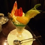 MJB珈琲店 - 食後のデザートにフルーツパフェ