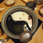 しゃぶしゃぶ 温野菜 - 昆布出汁 & 白湯出汁