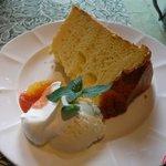 リッツ カフェ - シフォンケーキ