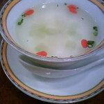 銀座アスター - セットのスープ。