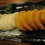 たぬき - 長芋のわさび漬け(価格不明)。美味。酒に合う。特に深漬け(右)のほう、ね