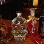 Lory's Bar -