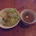 17947591 - ランチのサラダ、スープ