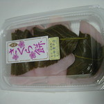 17948549 - 桜餅(6つ入り)450円