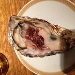 17948909 - 生牡蠣!赤ワインビネガー