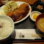 博多海鮮丼屋 どん舞 -