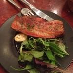 ハイヴカフェ - 自家製ベーコンの厚切りステーキ(1100円)