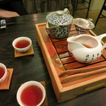 飲茶居 天胡同 - 中国式に入れてくれるお茶