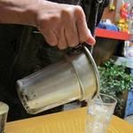 あす香 - 料理写真:チロリで湯せんし燗酒