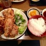 こだわりや - 唐揚げ定食(780円)