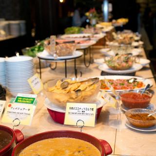 ブラジルで人気のピッカーニャ等20種以上のシュラスコ食べ放題
