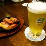 コーヒーアンドバールポット - 料理写真:ヴェディットとベーコンが良くあう!