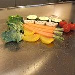 りんどう - お野菜を焼いてます。