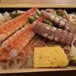 新宿 御さしみ家 - 海老とシャコのちらし寿司