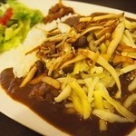 Cafe Palmyra - 【再訪2】パルメイラカレー(きのこ+チーズ)