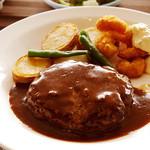 レストラン121ダイニング - ボリュームたっぷり!柔らかくて美味しいハンバーグ(*´д`*)