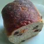 17963241 - ぶとうパン ハーフ