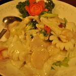 Chuugokuhanten - 海老,いか,ほたて貝柱 海鮮3種炒めもの