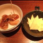 夏への扉 - ドライいちぢくとアイリッシュウィスキーチーズ