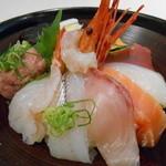 17974755 - 海鮮丼