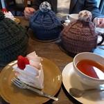 ティールーム 紅茶の森 - 紅茶とショートケーキ