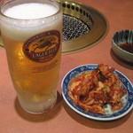 Yakinikukanae - 生ビールとキムチ
