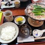 季禅房 - 土佐ジロ―鍋+ごはん