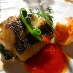 ルモンドガーデン - 長浜市場直送の旬魚のポワレ トマトソースとバジル風味の白ワインソース