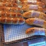 OLIO - レーズンクリームチーズ&やまえ堂の芋きんとんパン