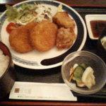 仕立屋  - 2009-07-06 日替り定食(鶏の唐揚げとコーンコロッケ)