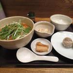17990977 - 担々麺とライス+シュウマイのセット