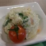 17991674 - 自家製ポテトサラダ。                       めちゃくちゃ美味しい♪