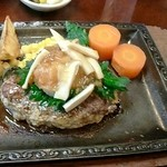 まきしむ - 和風ハンバーグ950円(ライス・味噌汁・漬け物付き)