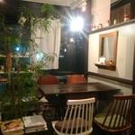 +cosi. centro#caffe - 夜カフェが似合う、こんな席も