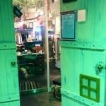 +cosi. centro#caffe - 入口付近には、雑貨もありましたよ